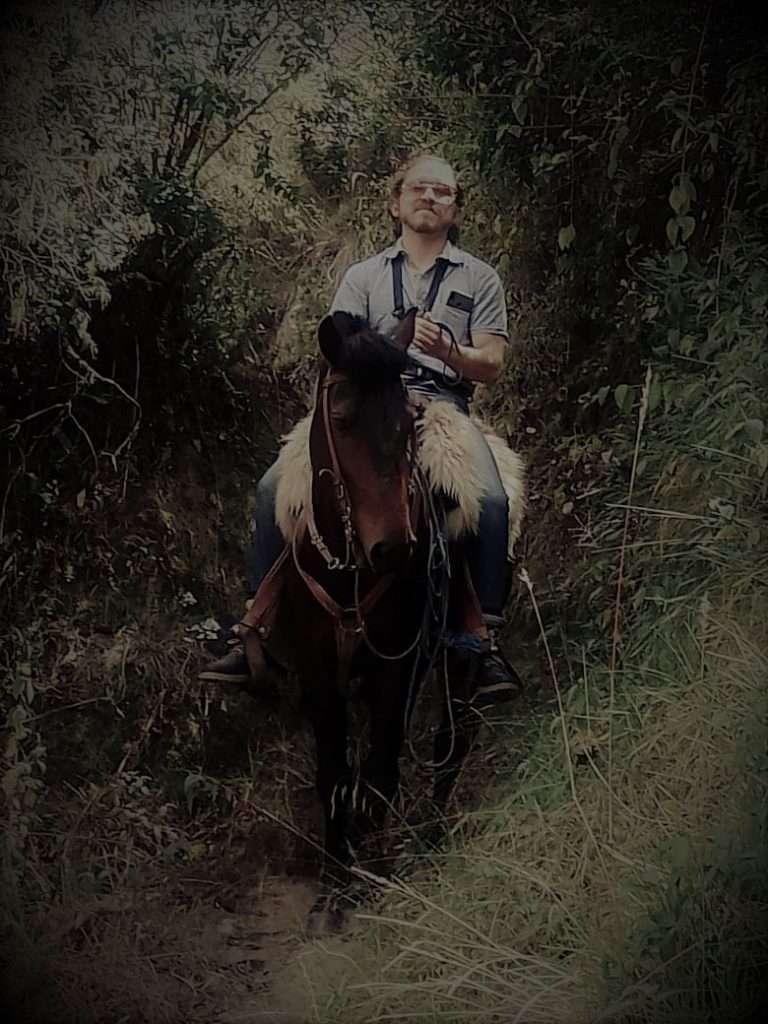 Diego sobre caballo